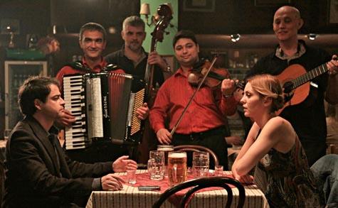 Practical Guide to Belgrade with Singing and Crying (Praktican vodic kroz Beograd sa pevanjem i plakanjem), dir. Bojan Vuletic