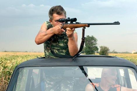 Terrorists (Zamatovi teroristi), dir. Ivan Ostrochovsky, Pavol Pekarcik and Peter Kerekes